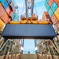Container loading at docks - Alesco offers Cargo insurance for trade and stock transport businesses throughout the world